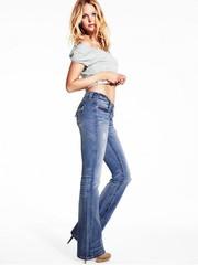 Модные американские джинсы клеш