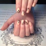 Авторская школа студия ногтевого сервиса